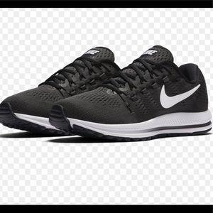 Nike Zoom Vomero 12 Running Shoes 863762-001